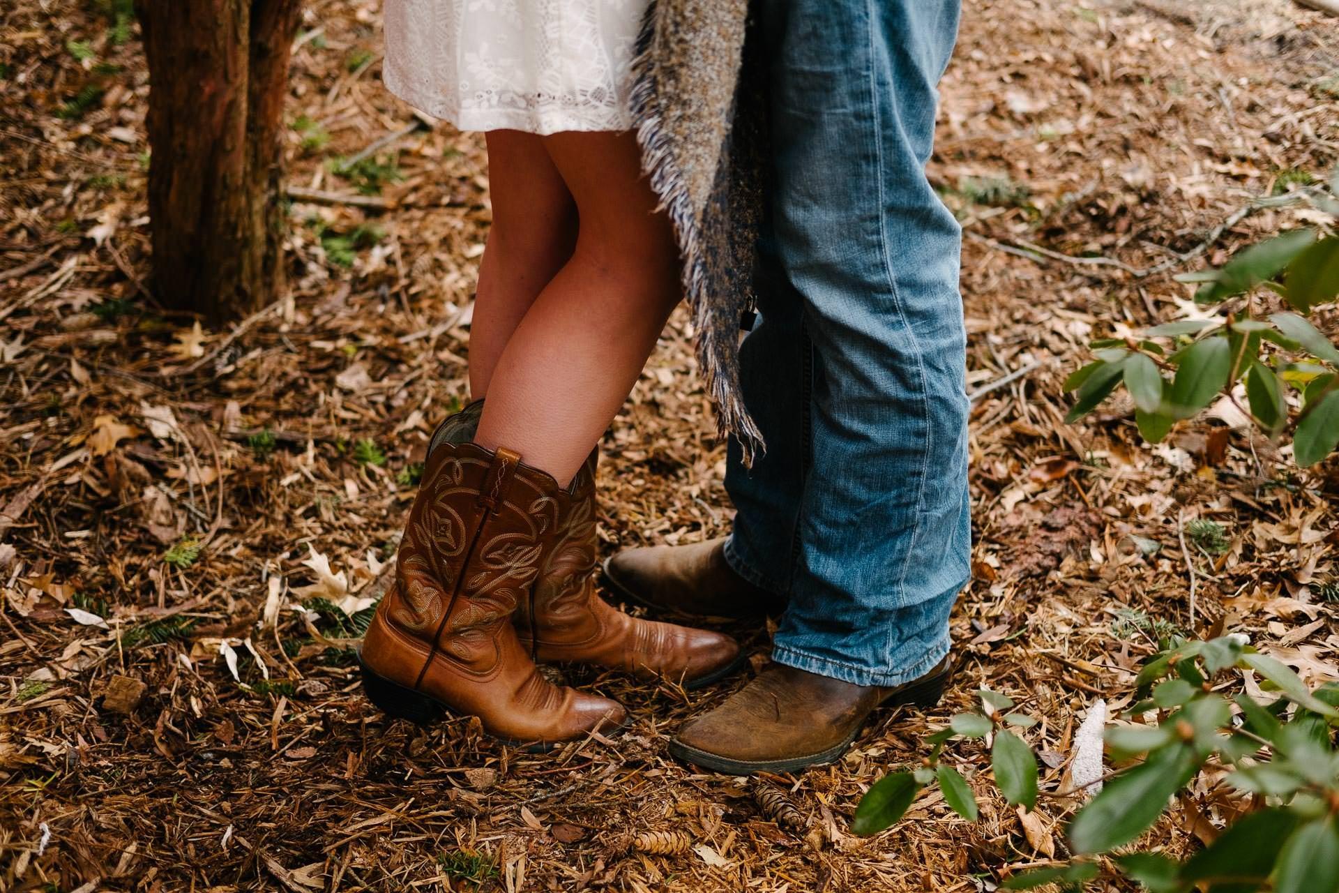 Lindsey Rob Engaged
