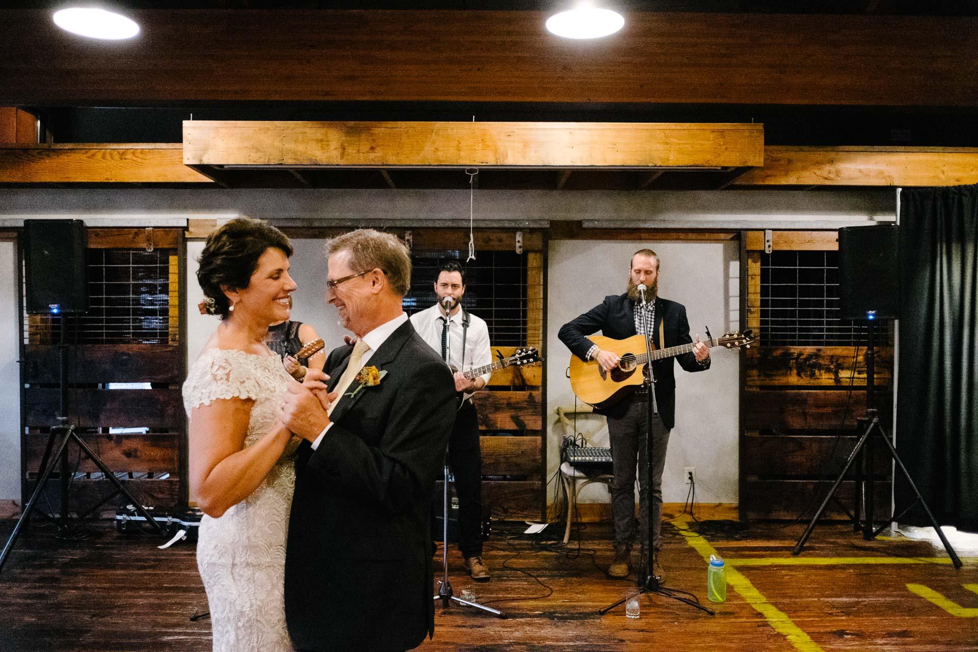 excelsior-wedding-photographer-pique-travel-design-ntm0025