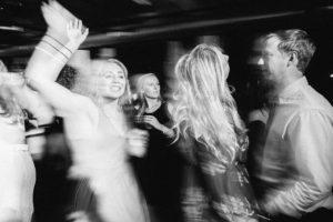 minneapolis-wedding-photographer-a-mill-artist-lofts0029-300x200