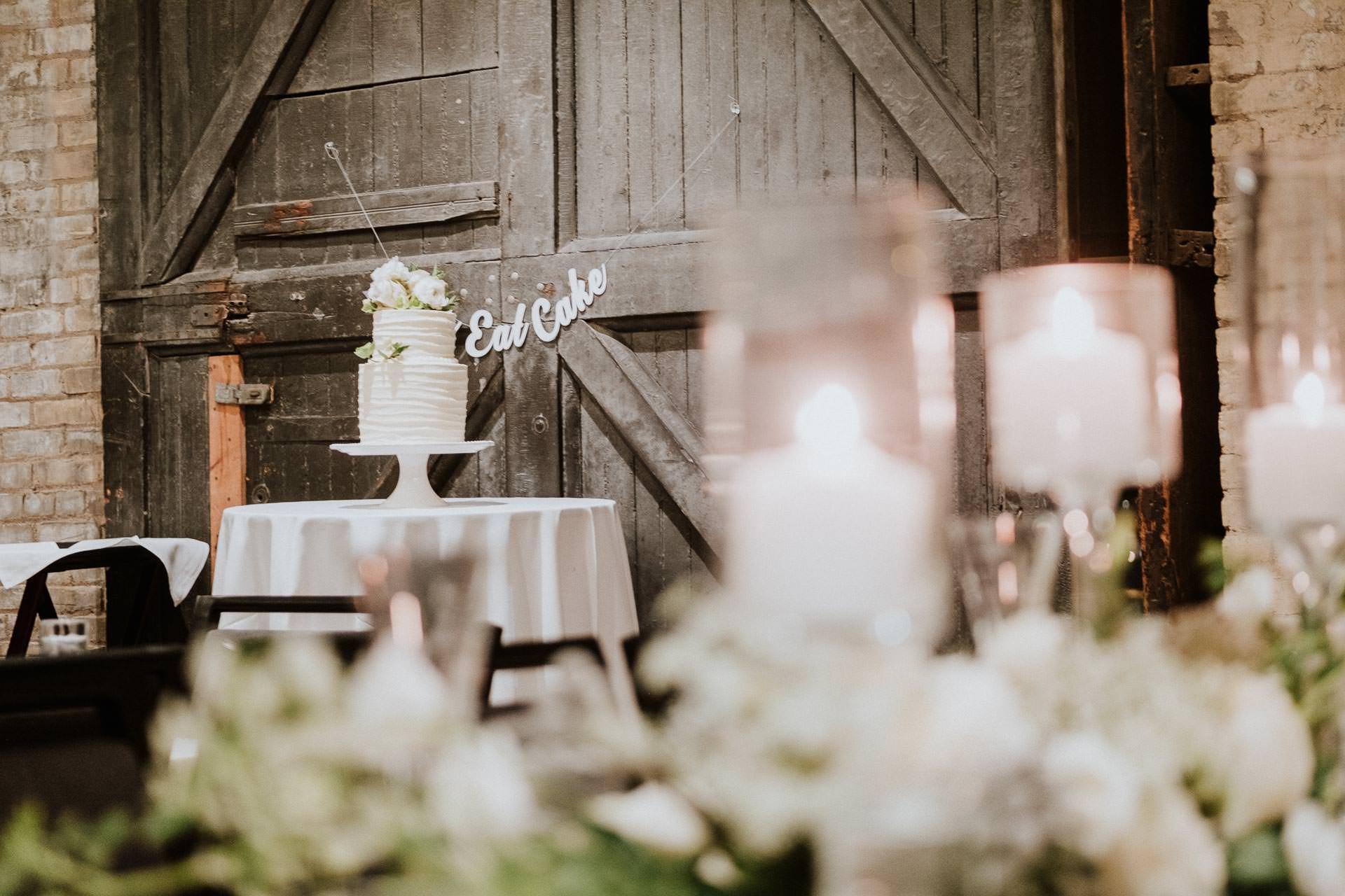 0400-AJW-Minneapolis-Wedding-Photographer