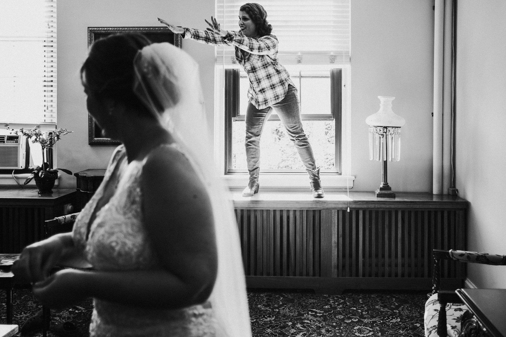 0056-KRW-Womens-Club-Of-Minneapolis-Wedding-Photographer-1