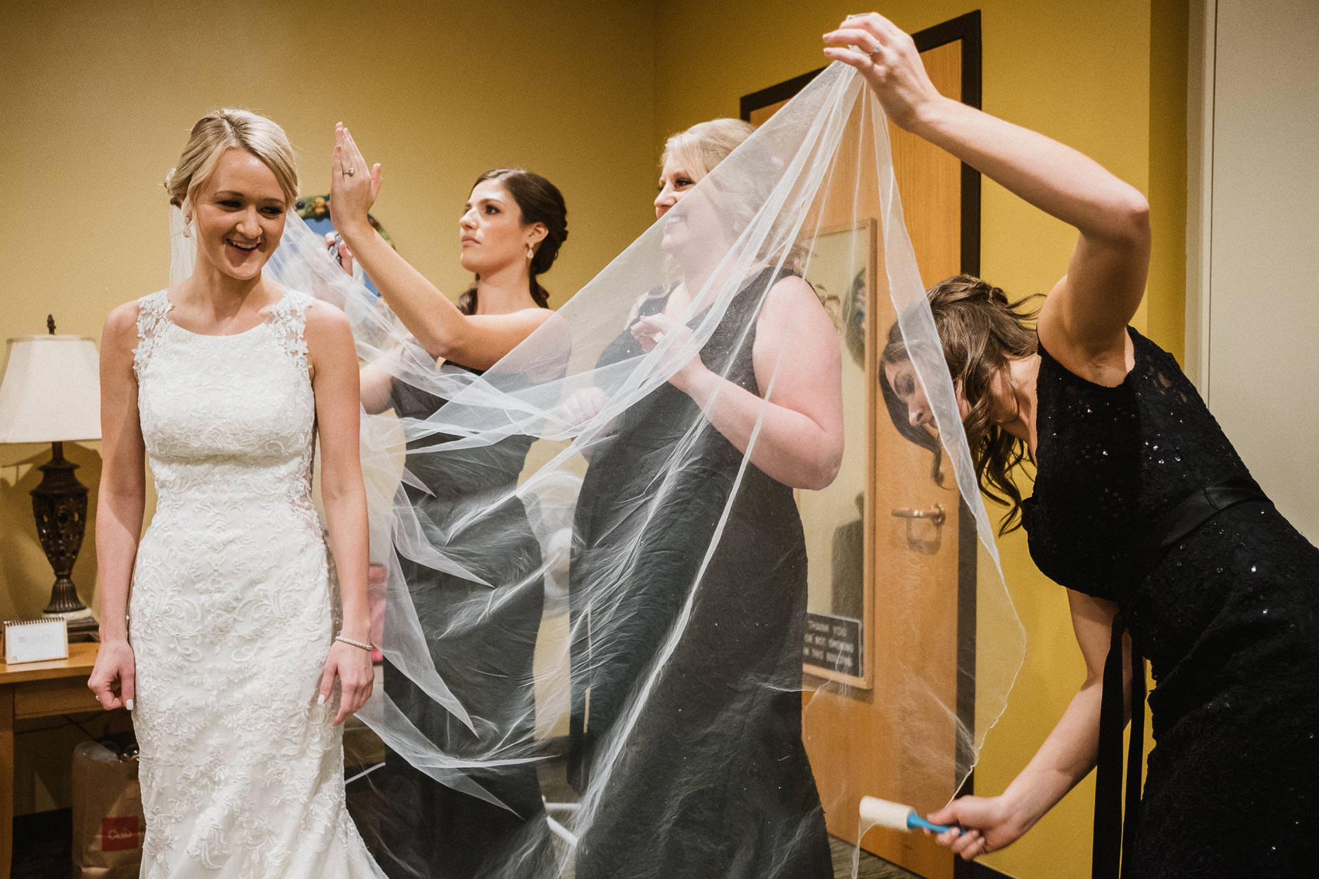 0336-GDW-Pax-Christi-Eden-Prairie-Wedding-Photographer