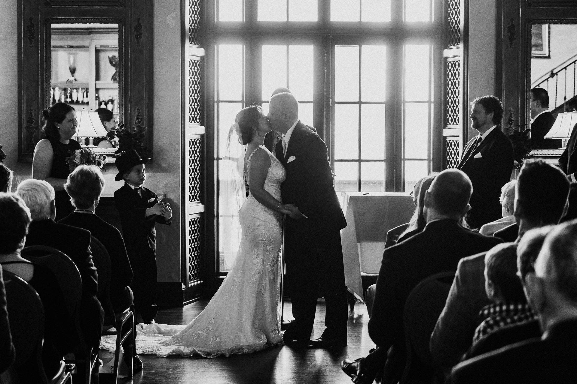 0432-KRW-Womens-Club-Of-Minneapolis-Wedding-Photographer