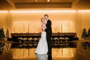 0829-GDW-Radisson-Blu-Bloomington-Wedding-Photographer-300x200