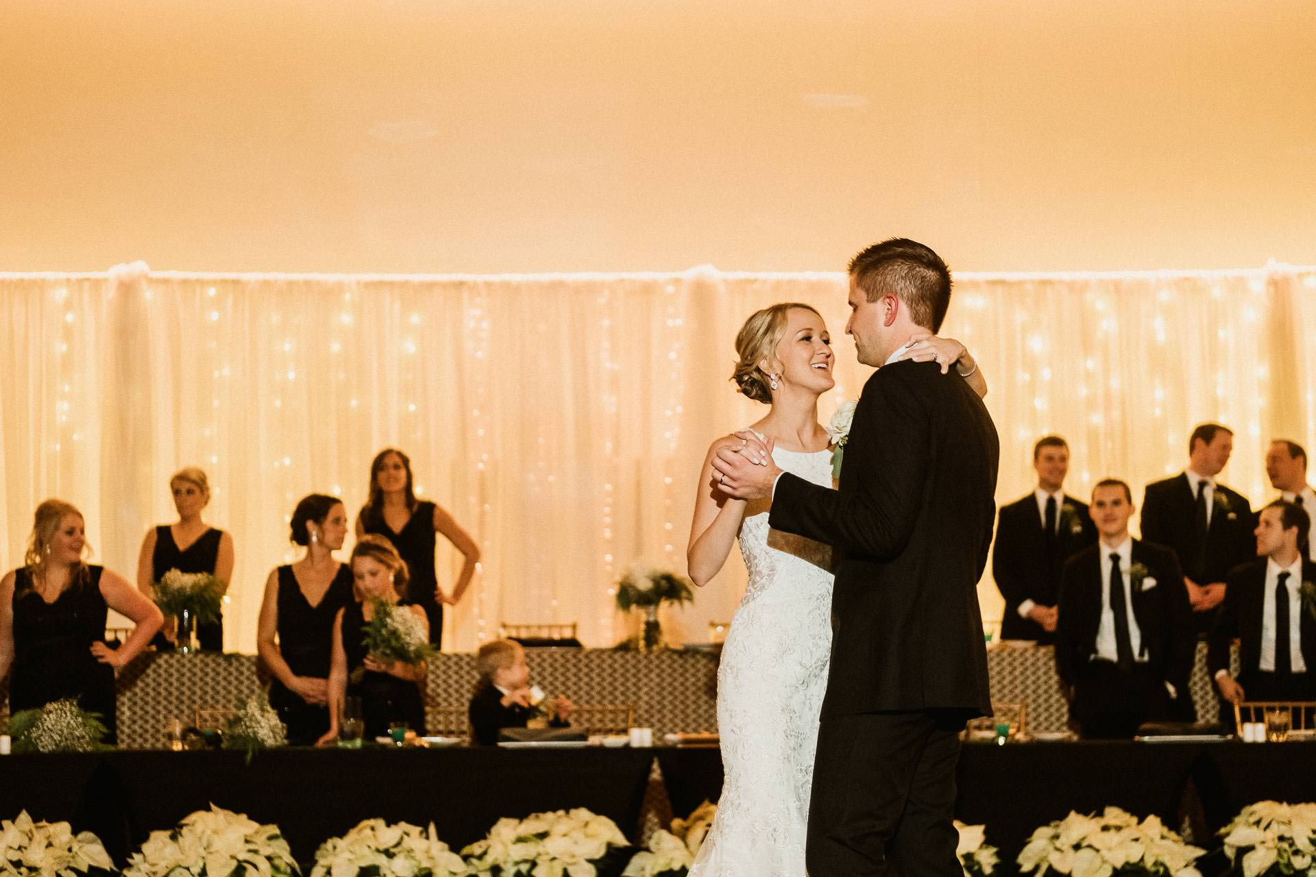 0889-GDW-Radisson-Blu-Bloomington-Wedding-Photographer