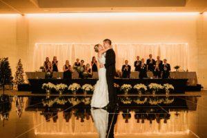 0910-GDW-Radisson-Blu-Bloomington-Wedding-Photographer-300x200