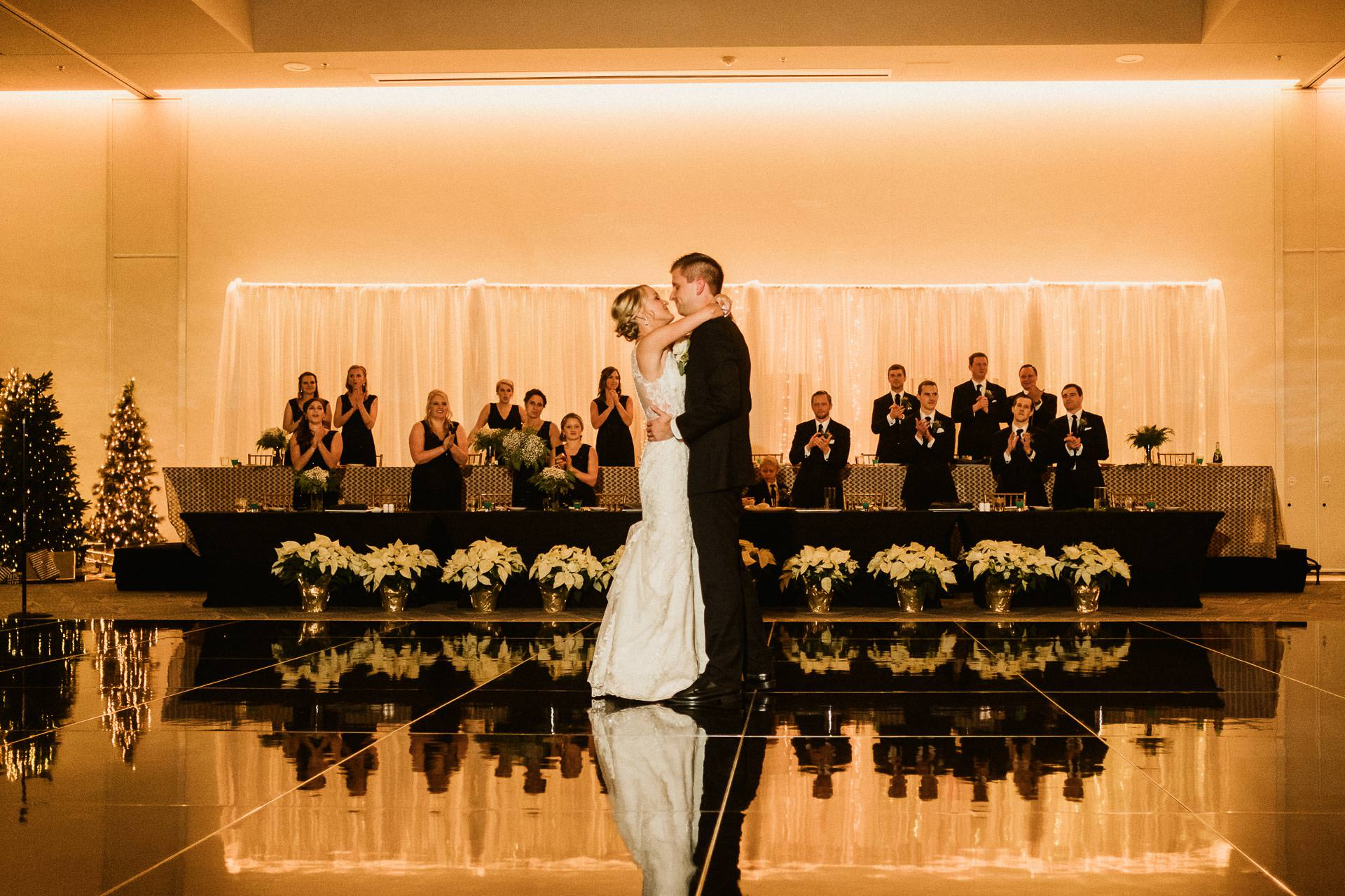0910-GDW-Radisson-Blu-Bloomington-Wedding-Photographer