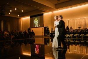 0917-GDW-Radisson-Blu-Bloomington-Wedding-Photographer-300x200